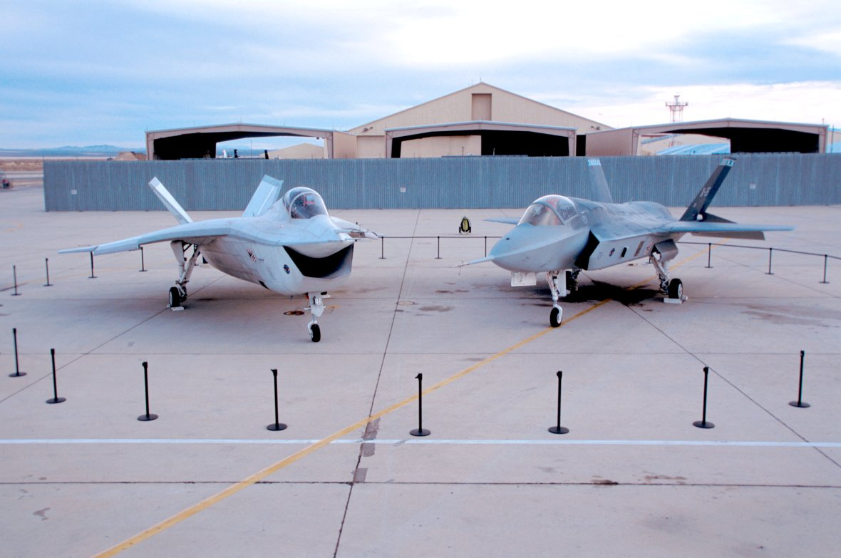 Boeing X32 and Lockheed Martin X35