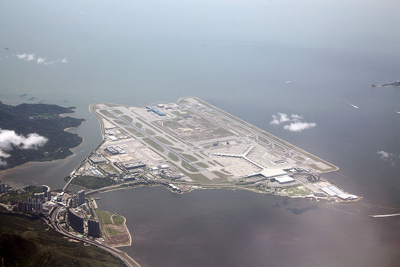 Hong Kong International Airport (HKG) Photo taken by Wylkie Chan 2010