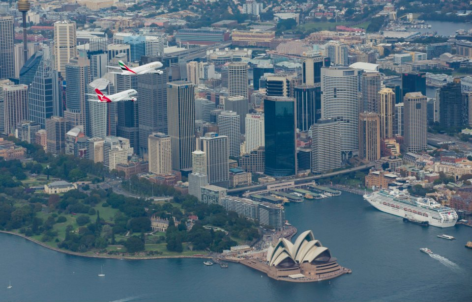 The importance of Middle-East Hub. Emirates and Qantas A380 over Sidney, celebrating their partnership. Author: Qantas